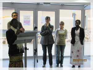 Lecture de la charte de la Semaine de la Solidarité Internationale (21 au 23 novembre 2012) à Issoire.